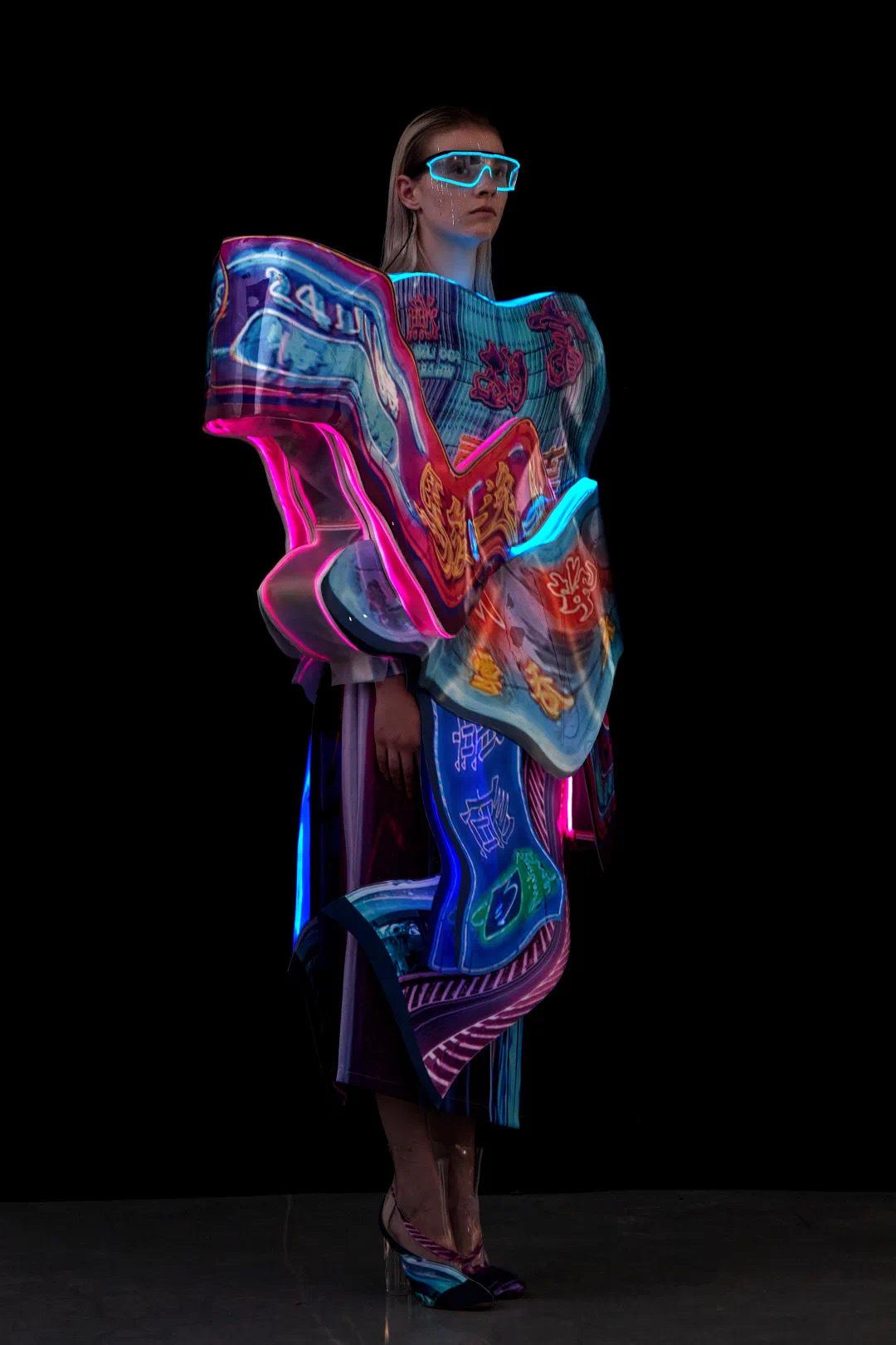 """四川美术学院设计学院服装与服饰设计专业毕业作品专场发布会以""""原辅"""