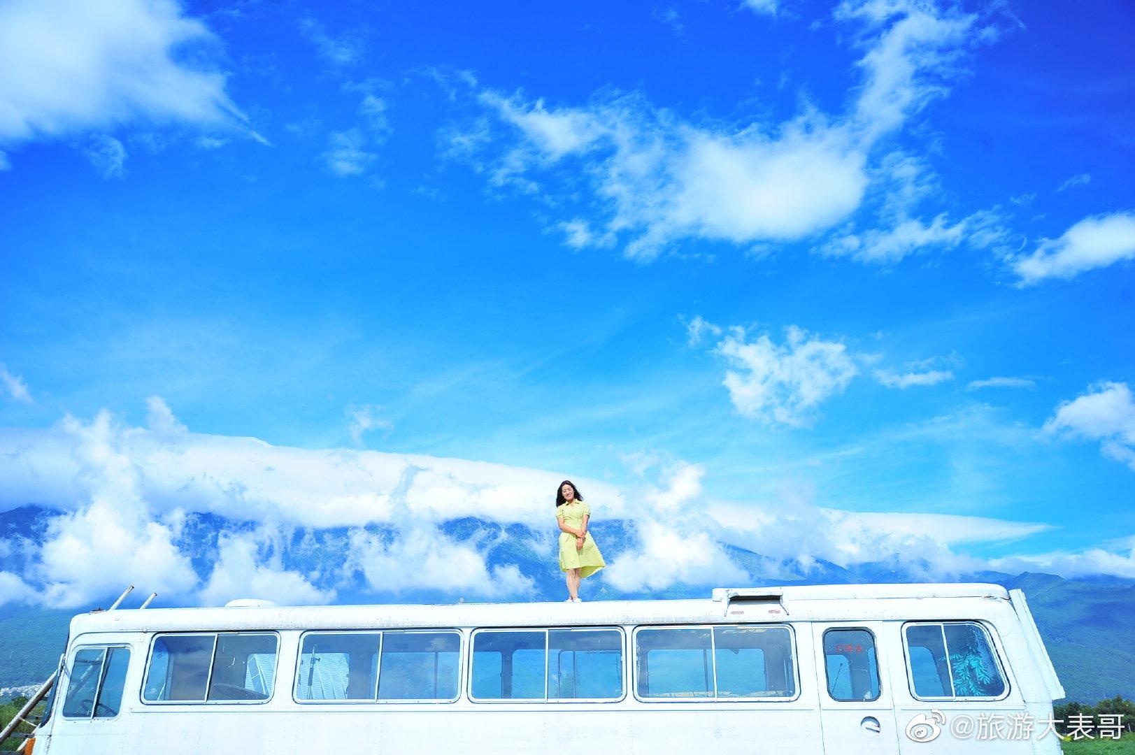 多去看看好的风景,生活会涌现出无尽美好,把风景框在网格线里