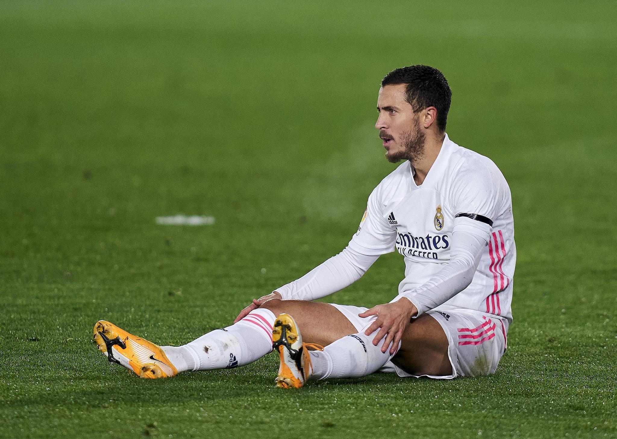 主场输个1-2离榜首差了6分阿扎尔又双叒叕受伤了皇家马德里怎么了
