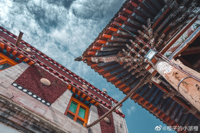 青海|这么拍,塔尔寺其实很美。@橙子的小旅橙 很爱西北的寺庙