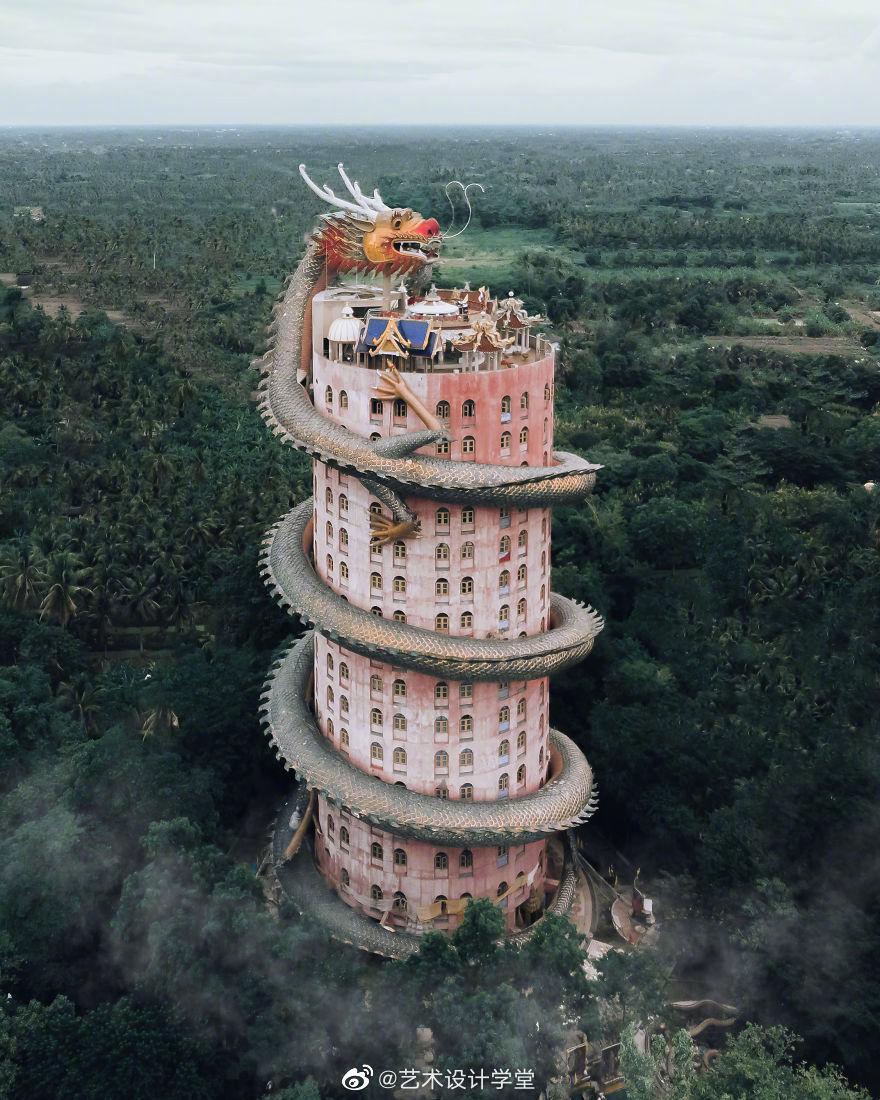 无人机镜头下的亚洲寺庙建筑|  Ell Costi