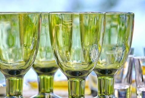 心理测试:选一组水晶杯,测你遇到困难是否有逢凶化吉的好运气?