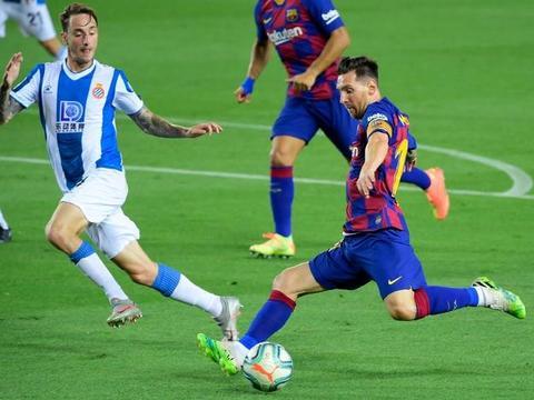 巴萨1-0送武磊进西乙!西班牙人6连败+提前3轮降级,巴萨紧追皇马