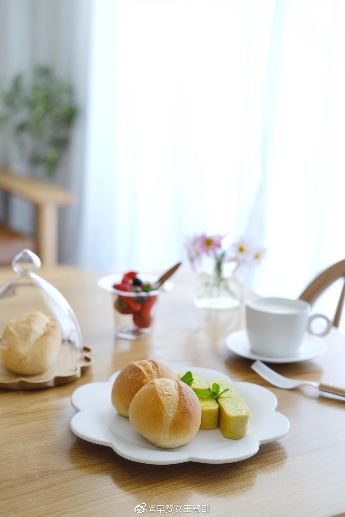 日常小餐包简单有简单的趣味只要是给生活的仪式感也能在简单中感