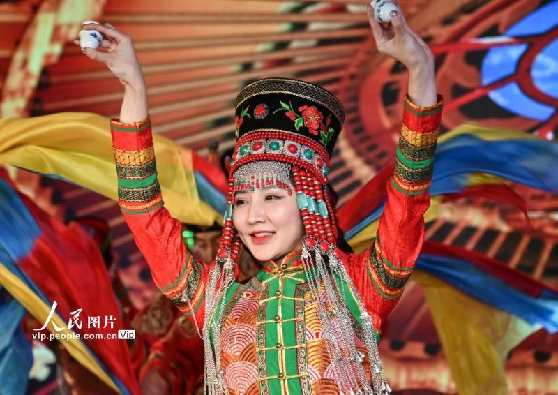 """助力国家""""双碳""""目标 着力发展清洁能源 ——内蒙古达拉特旗城市推介会在京举办"""