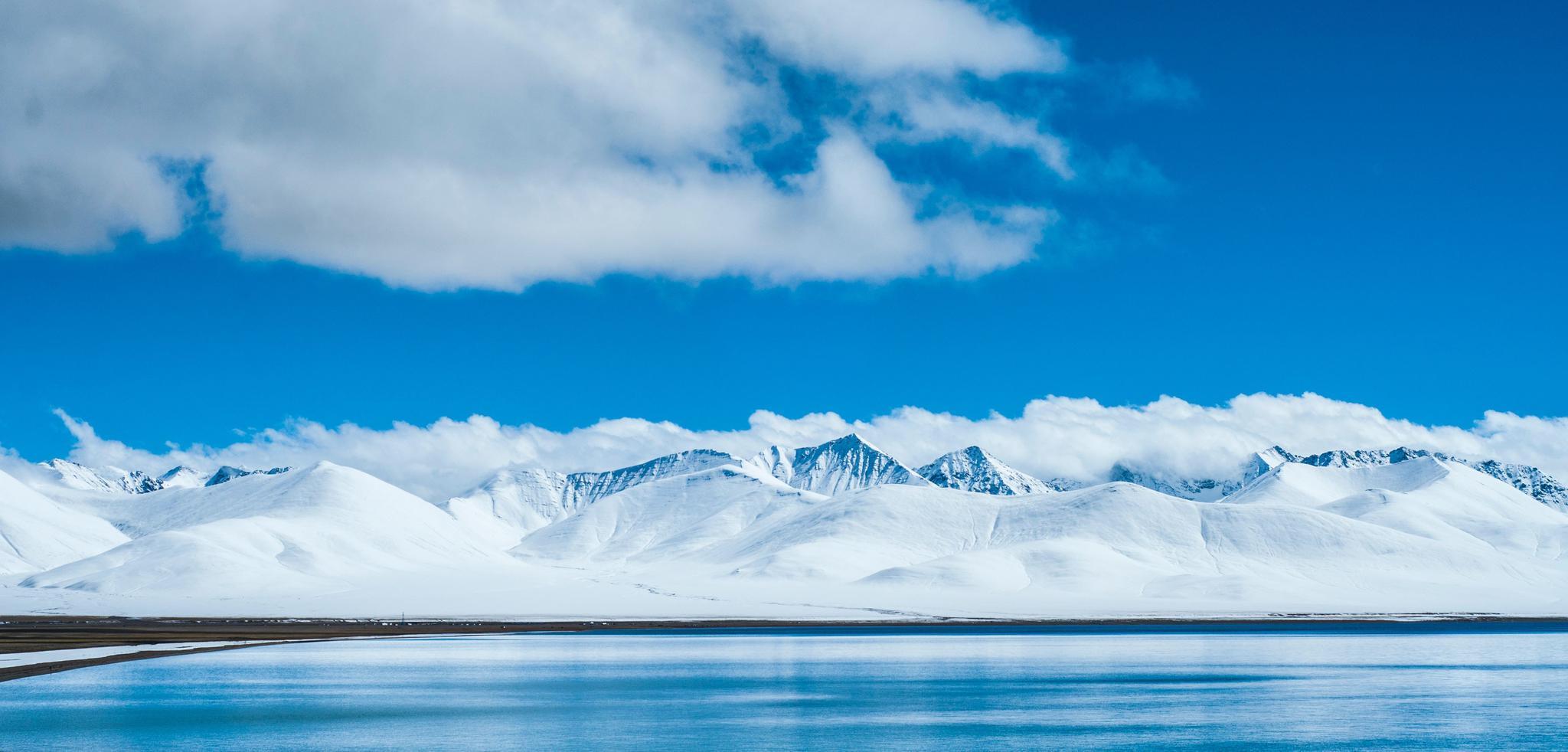 纳木错,油画般的极净纯蓝,视觉的享受~☁️