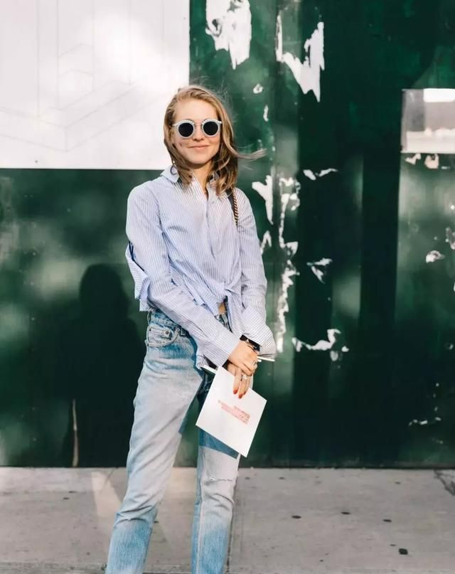 烟管裤设计独特,展示独特时尚感,纸袋裤藏肉又时尚感出众
