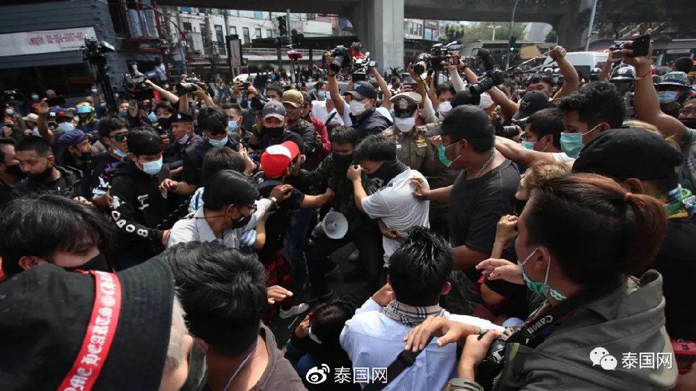 曼谷竟又示威了!这个时候还硬要闹这一出,咱们这是何苦呢……