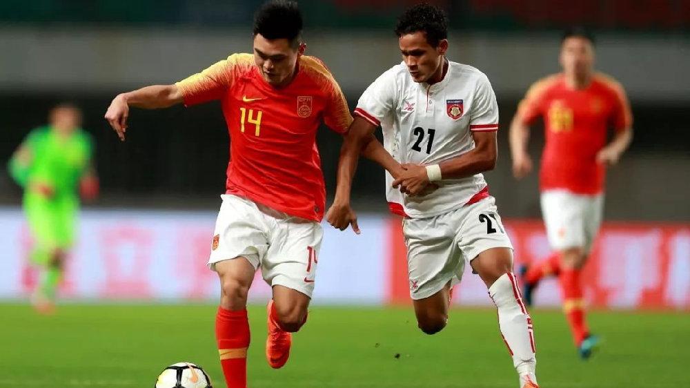 谁说中国没有天才球员?24岁妖锋全场能传能突能射,比外援耀眼!