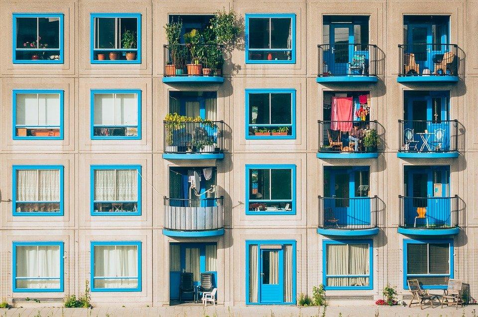 """长租公寓碰到""""黑天鹅"""",疫情影响下的长租公寓市场会向何处去?"""
