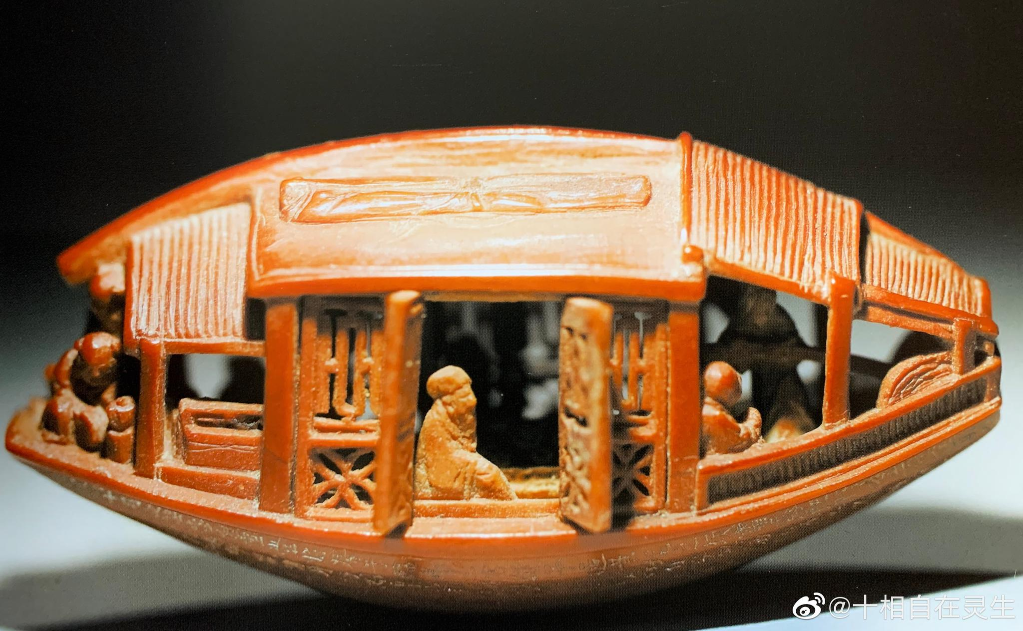 清乾隆陈祖章《东坡夜游赤壁》雕刻核舟,现藏于台北故宫博物院