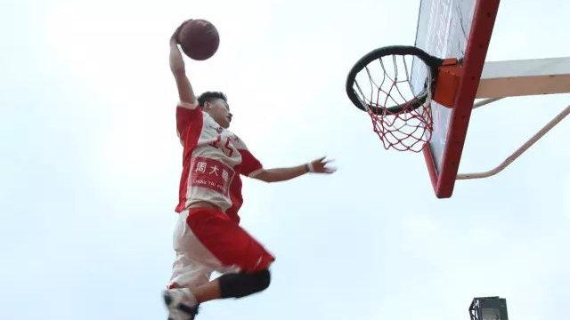 SlamBall 只为热爱 | 从田径到斯篮搏,优秀斯篮搏球员是怎样炼成的?