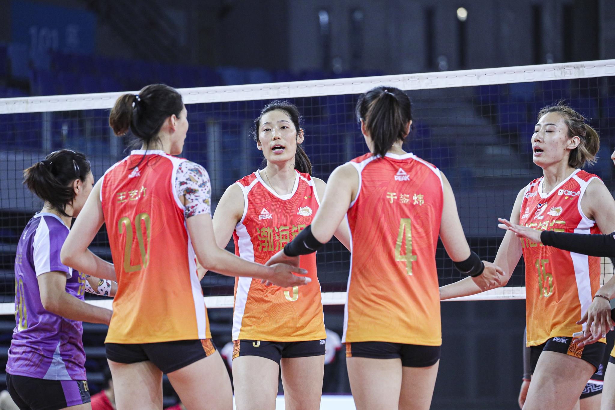 11月23日 广东江门 20/21赛季女排超级联赛第二阶段第4轮……