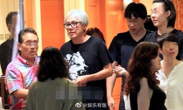 台媒跟拍陶晶莹李李仁夫妇的时候,偶遇了张宇