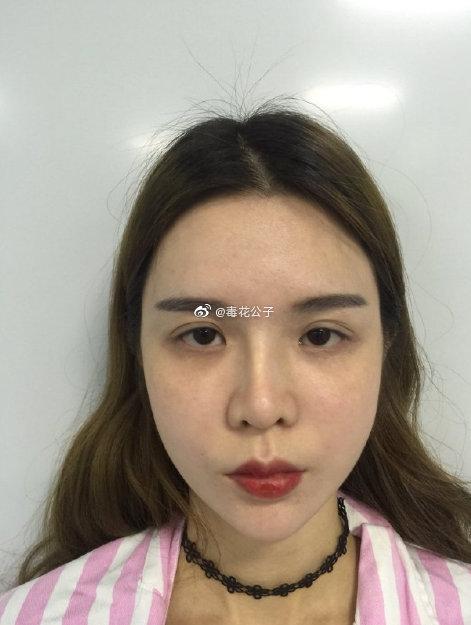太喜欢现在的鼻子了,好看又不夸张,画上橘色妆容也太可爱了吧!