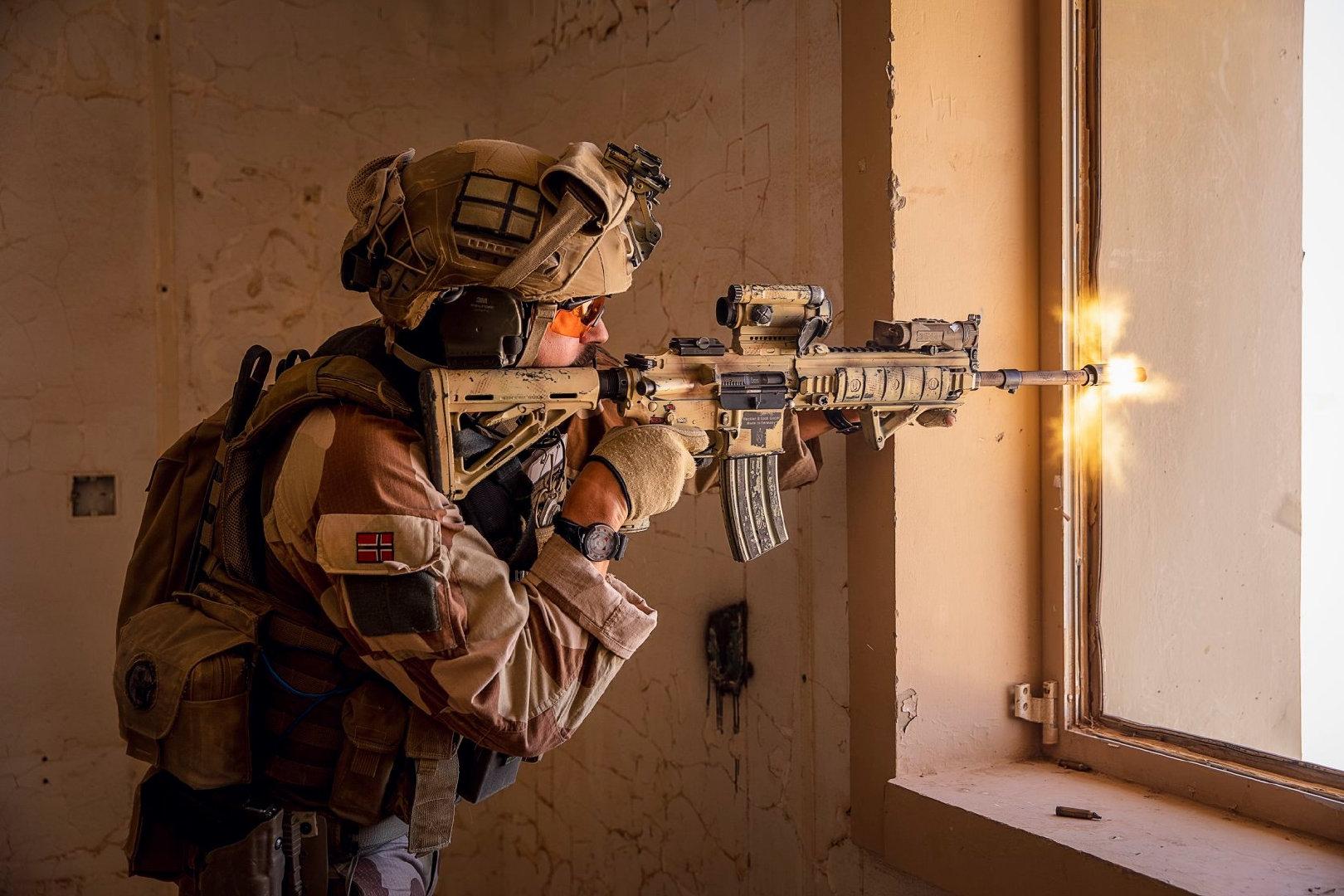 2019-2020年。在伊拉克部署的挪威特别行动小组