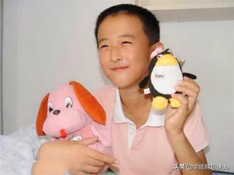 """10岁上大学16岁读博,那个逼爸妈北京买房的""""神童"""",现状如何?"""