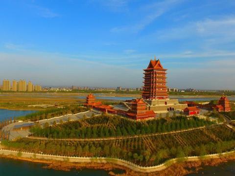 宁夏最大的城市,相当于2个西安,是个五线城市,还当过唐朝首都