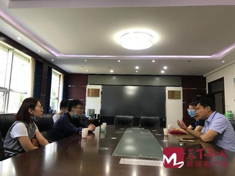 济南职业学院校友向母校捐赠500个口罩500斤84消毒液