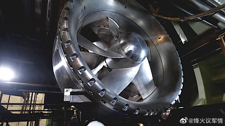 """俄罗斯955A""""北风之神""""战略核潜艇的泵推细节首次公开"""
