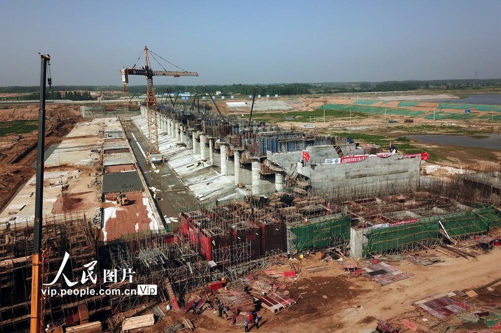 大别山革命老区引淮供水灌溉工程建设忙