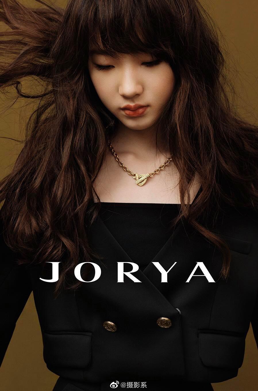 JORYA 最新一季大片,是小S 和三位女儿