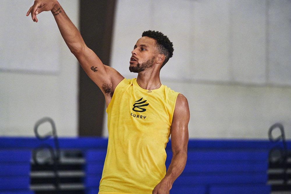 三旬老漢了!科爾透露Curry新賽季出場時間,要抓住他巔峰的尾巴再拼一把?