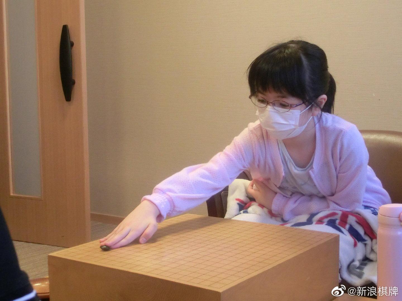日本萌娃仲邑菫出战王座战预选赛