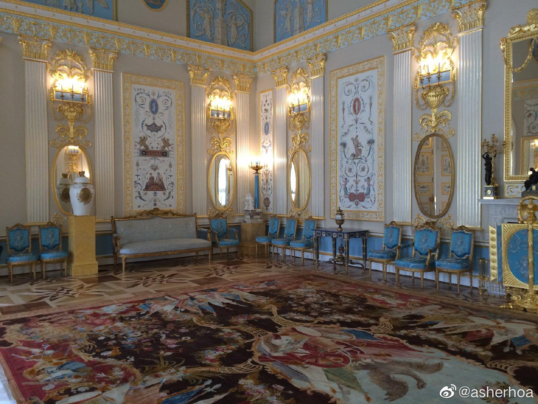 俄罗斯圣彼得堡郊外普希金市的叶卡捷琳娜宫内极具特色的阿拉伯式装潢