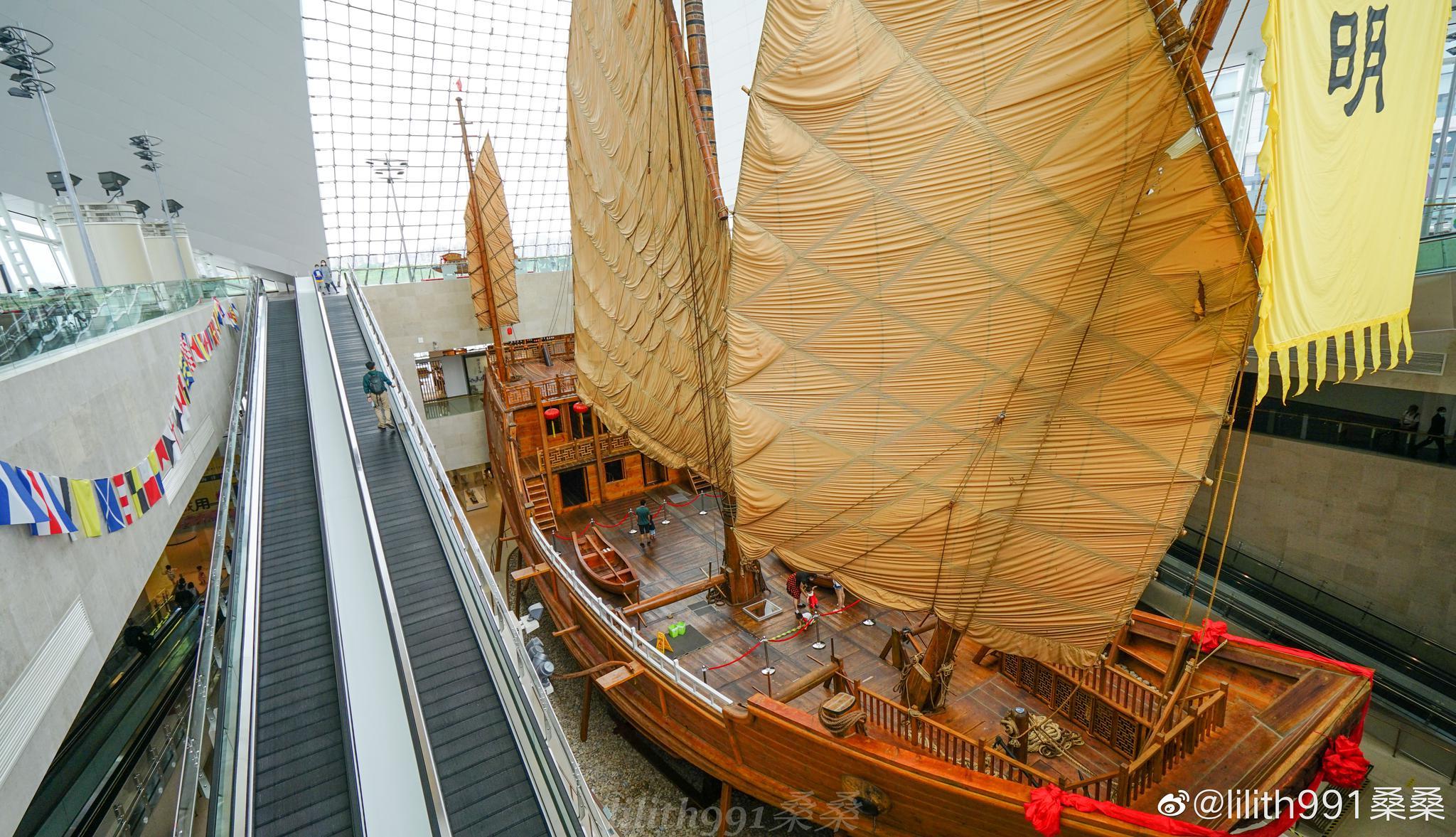中国航海博物馆有航海历史馆,船舶馆,海员馆,军事航海馆等