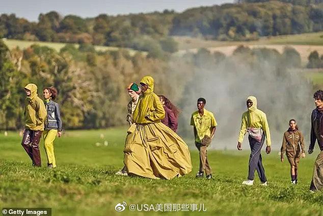 疫情下的伦敦时装周,农场走秀