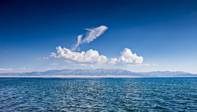 赛里木湖,大西洋最后一滴眼泪。