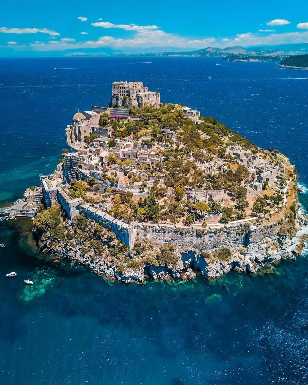 意大利一座绝美的神秘岛屿——伊斯基亚。