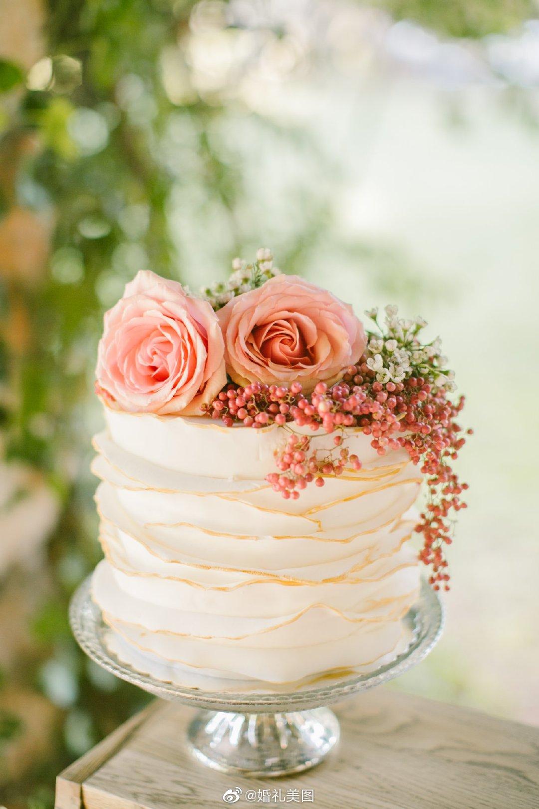 极简风婚礼蛋糕