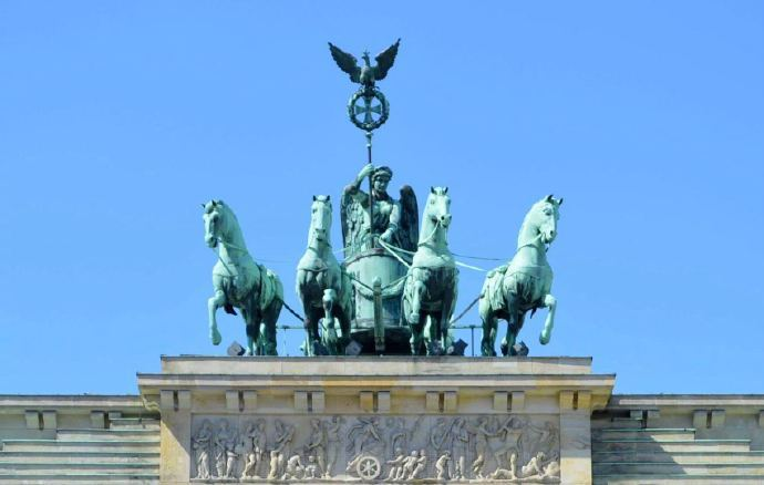 柏林丨欧洲最值得一去的城市之一,这是一个尽管背负着沉重的历史