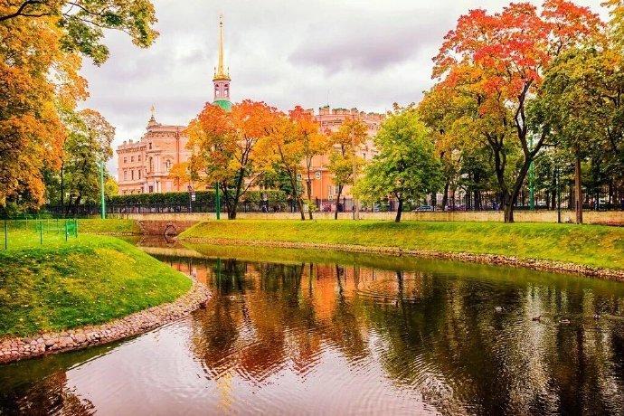 圣彼得堡的秋天.