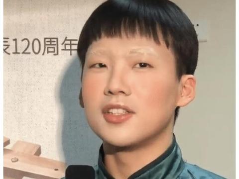 """郭德纲的挫折教育成功吗?23岁的郭麒麟,活成了""""最丢脸""""富二代"""