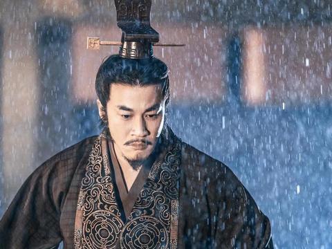 佟丽娅《浣溪沙》杀青,何润东帝王扮相惊艳众人,状态比韩庚好