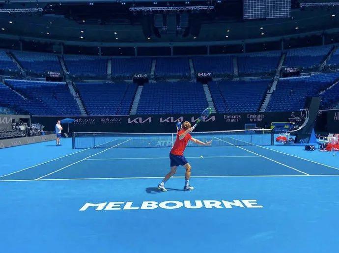 纳达尔就特殊隔离待遇发声,ATP杯赛程出炉,德约首日战沙波