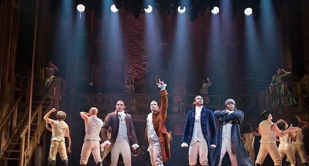 《汉密尔顿》豆瓣9.7开始!!百老汇音乐舞台剧,关于舞台的魅力。