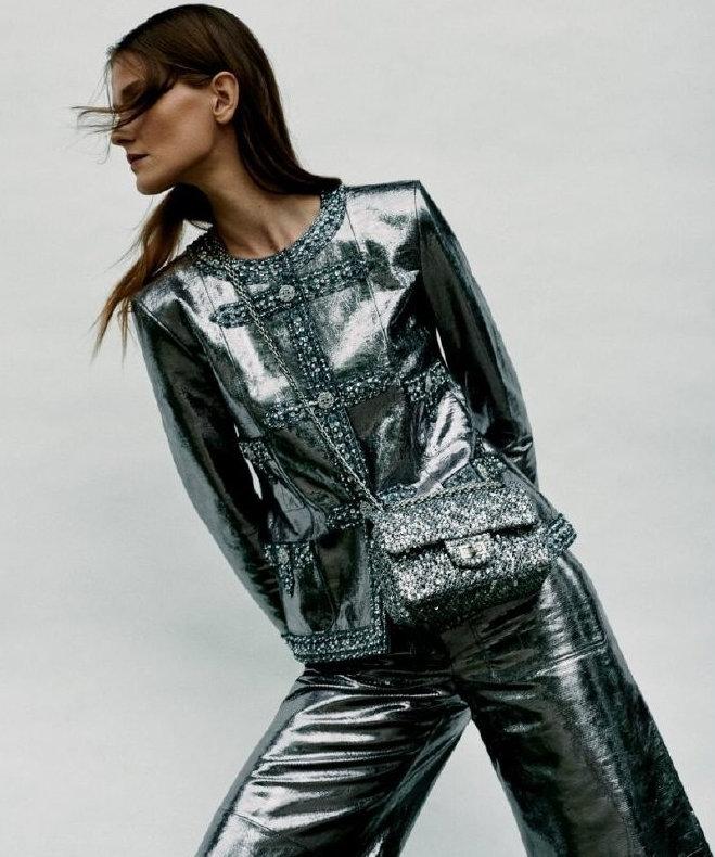 超模Magdalena Chachlica拍摄ELLE杂志新加坡版7月刊内页曝光
