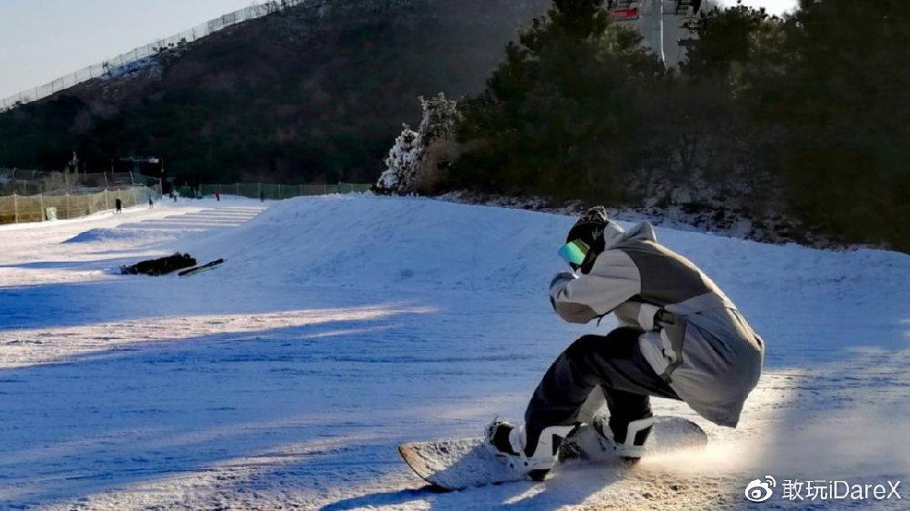 敢玩QA14   当一个滑手在家宅了两个月,泛极限运动博主宅家心得