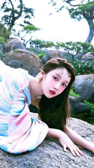 姜贞羽 | 这是哪国的仙女