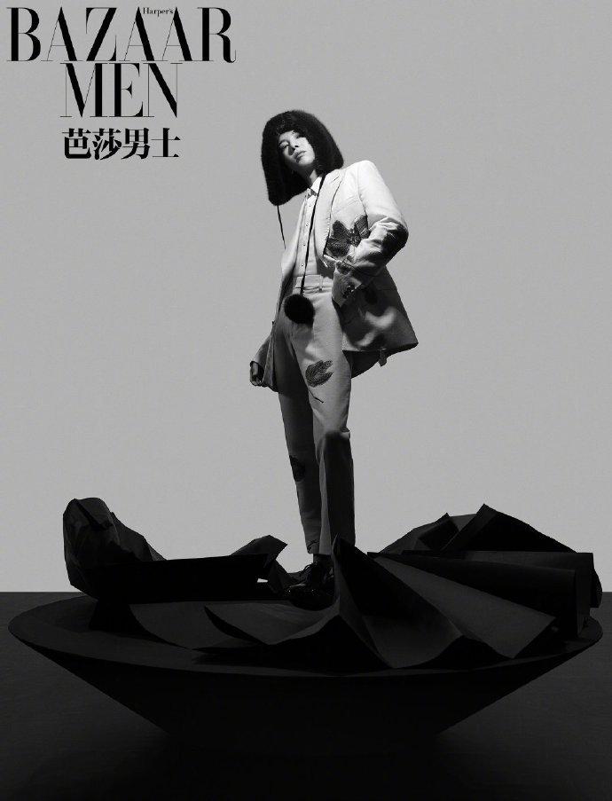华晨宇为《芭莎男士》2020年1月刊拍摄的大片
