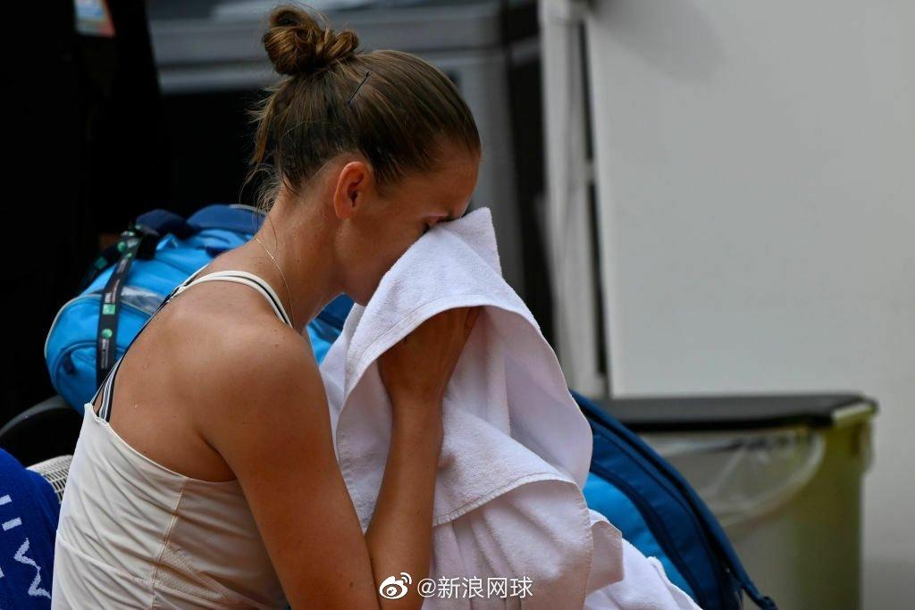 卡-普利斯科娃生涯第一次在职业比赛中因伤退赛