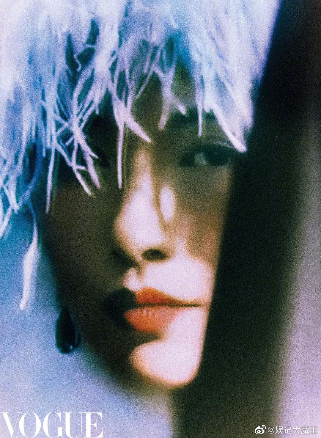 章子怡✖️《Vogue服饰与美容》9月刊封面,雍容华贵