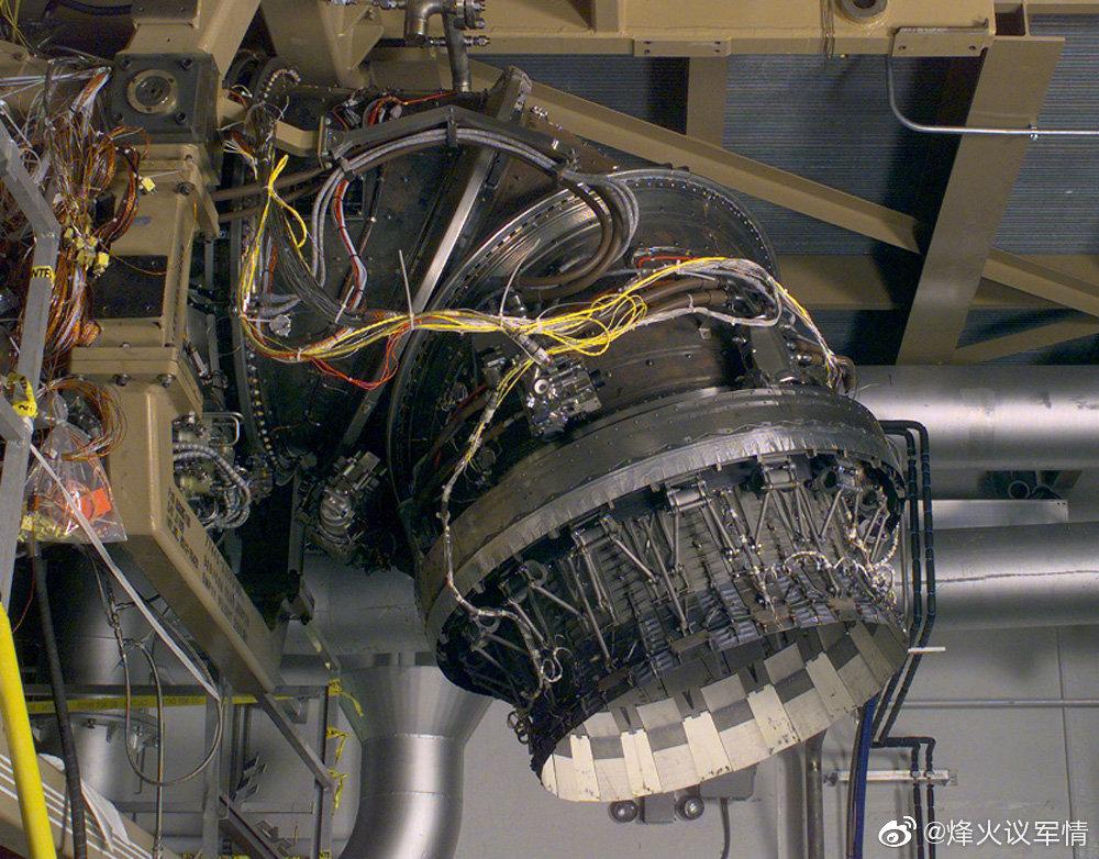 F-35B隐形战斗机发动机细节