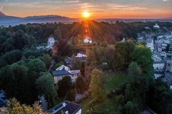 俯瞰奥地利风光,这是个被上帝眷顾的地方。