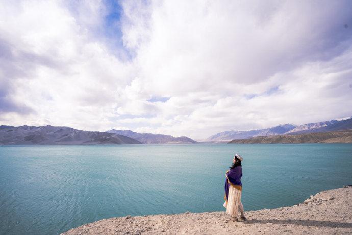 白沙湖丨雪山与冰湖的蓝宝石💙从喀什到塔县