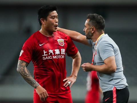 蔡慧康:努力追赶曾经被寄予厚望的自己 队员踢出了中国人的血性